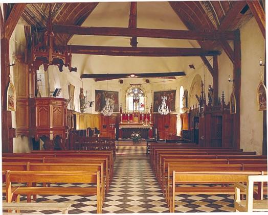 eglise-saint-hilaire-vue-interieure-saint-illiers-la-ville